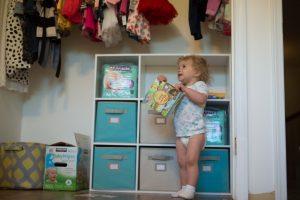 پوشک بچه پارچه ای بهتر است یا پوشک بچه یکبار مصرف چگونه انتخاب بهتر داشته باشیم؟
