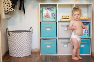 وزن گیری نوزاد در ماه های مختلف و انتخاب پوشک براساس سایز و اندازه